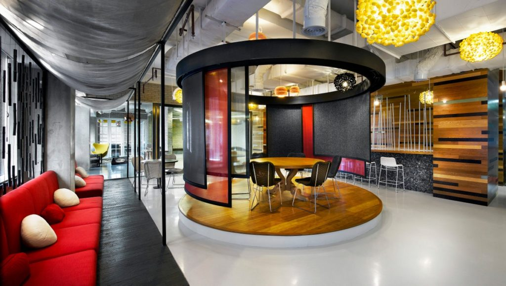Elevated breakout space at Ogilvy Mather Jakarta's office